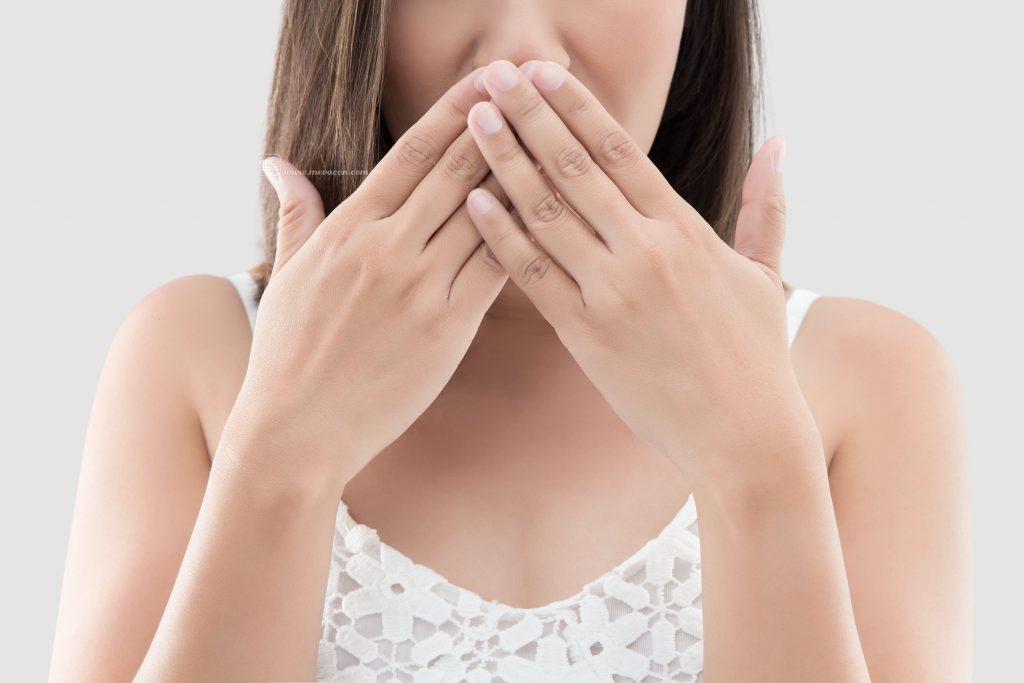 Cách chữa khí hư có mùi hôi tại nhà