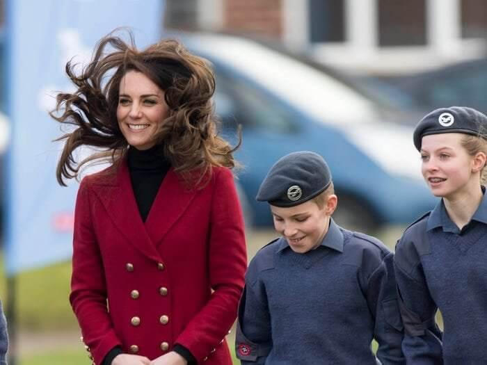 13 khoảnh khắc hài hước của Công nương Kate Middleton 9