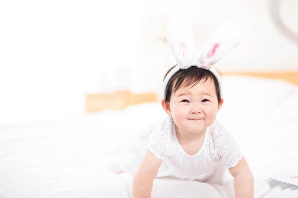 em bé tai thỏ