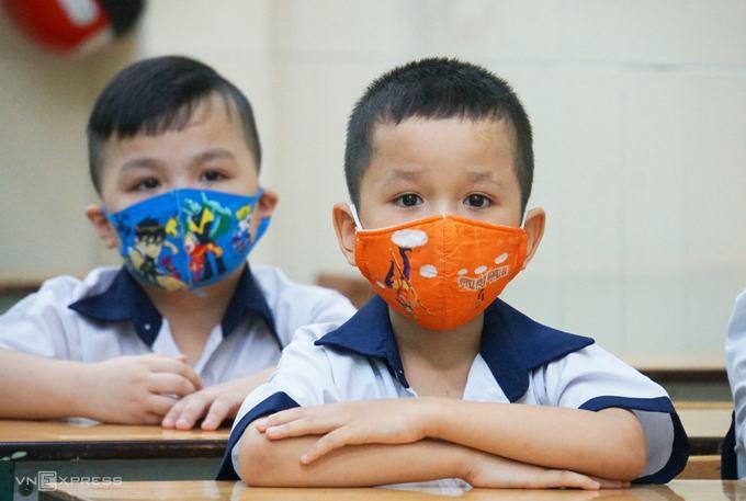 Học sinh TP HCM dừng đến trường từ 10/5 6
