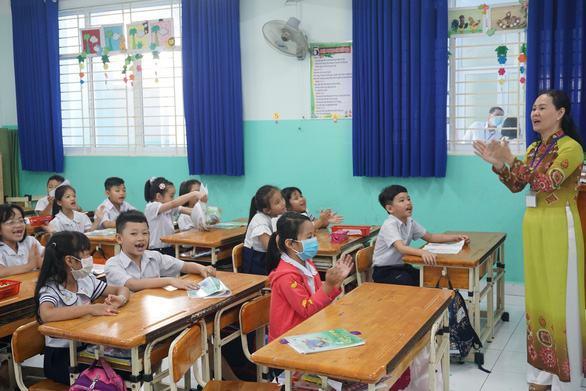 Các trường TP.HCM hoàn thành kiểm tra cuối học kỳ II trước ngày 9-5 11