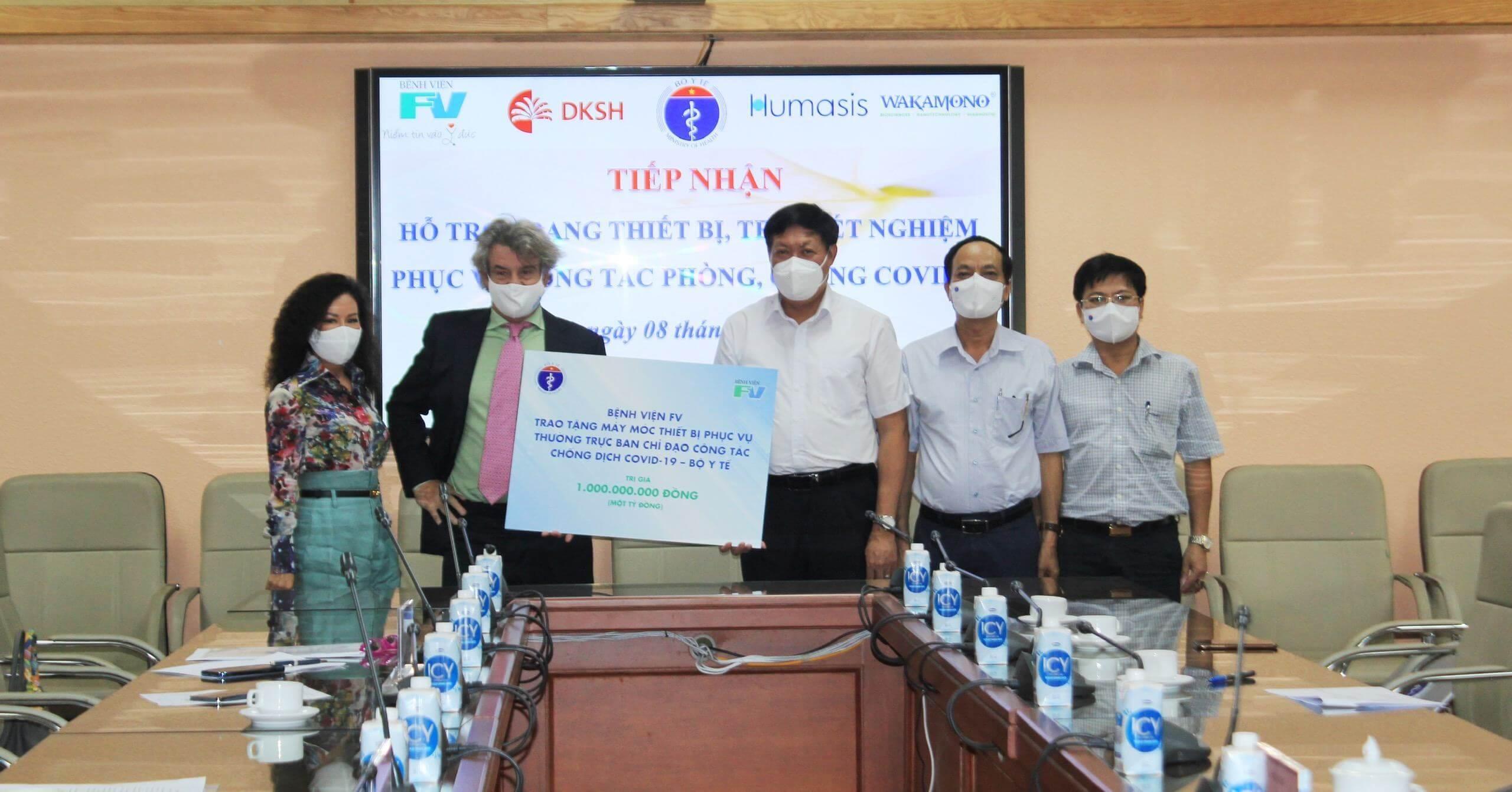 Bệnh viện FV tặng trang thiết bị phòng chống dịch trị giá 1 tỉ đồng cho công tác phòng chống dịch Covid-19 của Bộ Y Tế 6