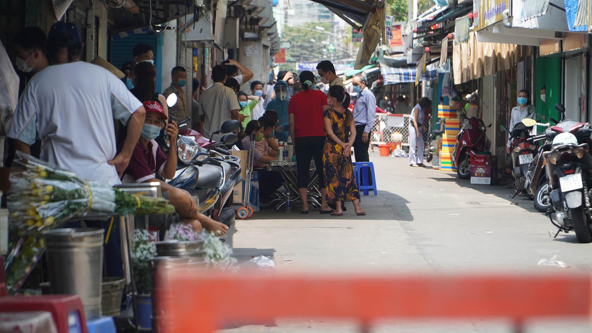 chợ ở TP.HCM đóng cửa