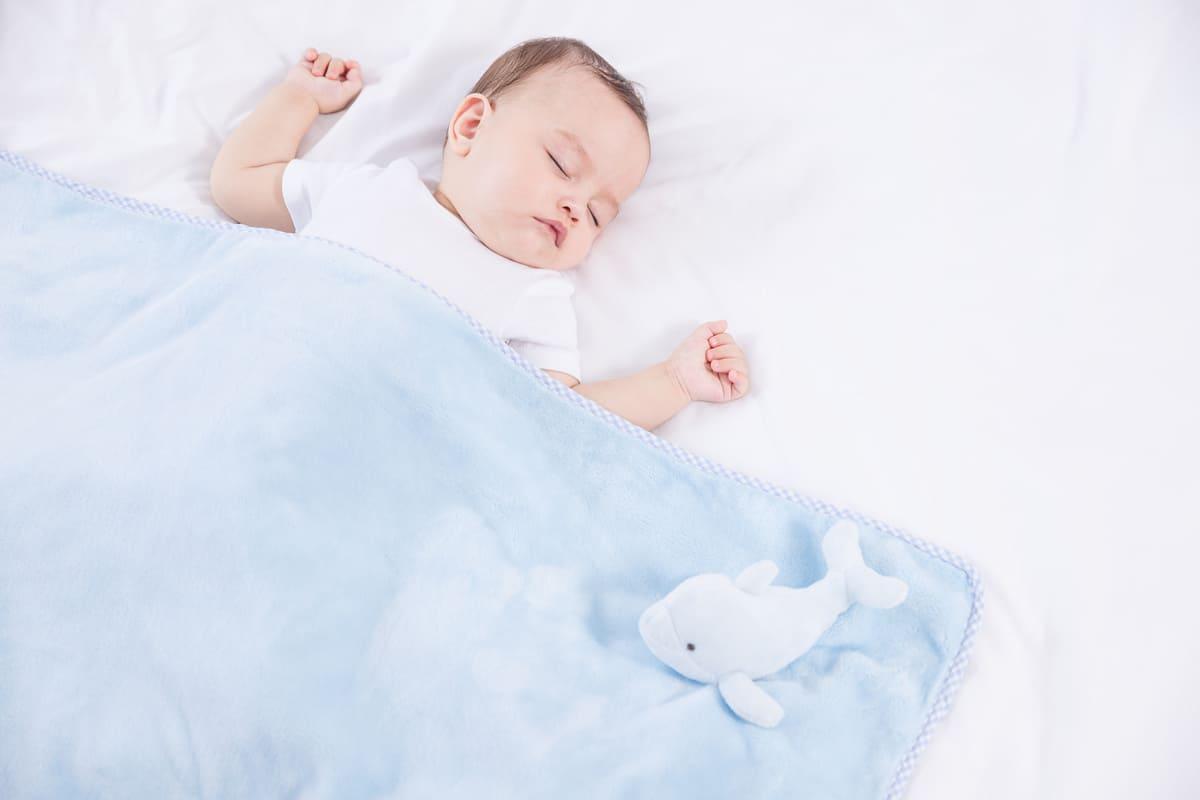 rèn trẻ sơ sinh ngủ đêm 2