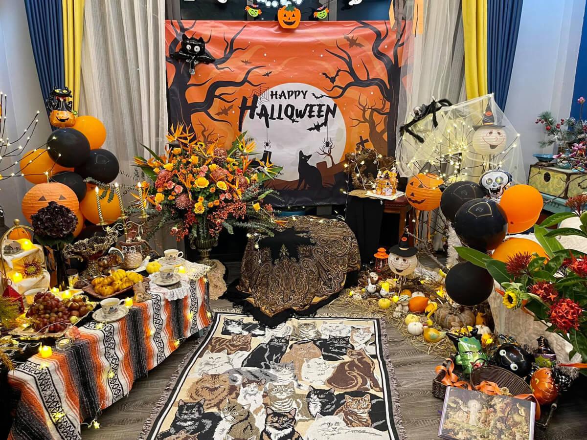 Trang trí bí ngô khổng lồ chơi Halloween 6